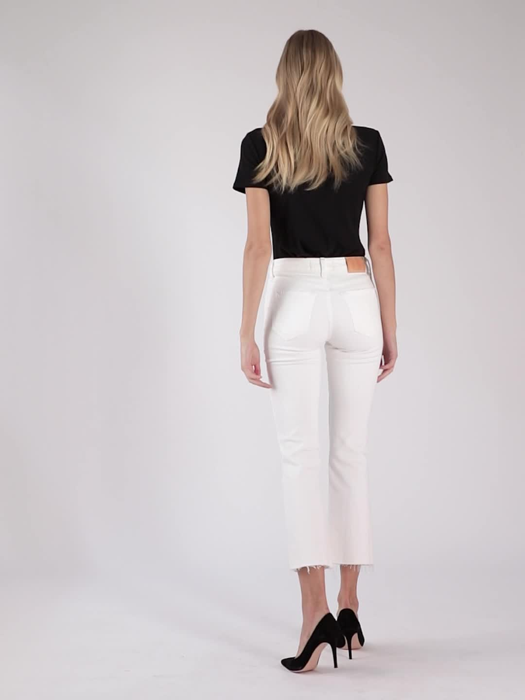 TRAVE Colette Mid Rise Kick Flare Jeans product video